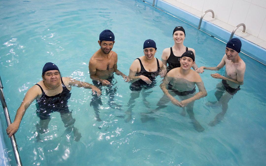 Hidroterapia faz a diferença na vida de alunos da Apae